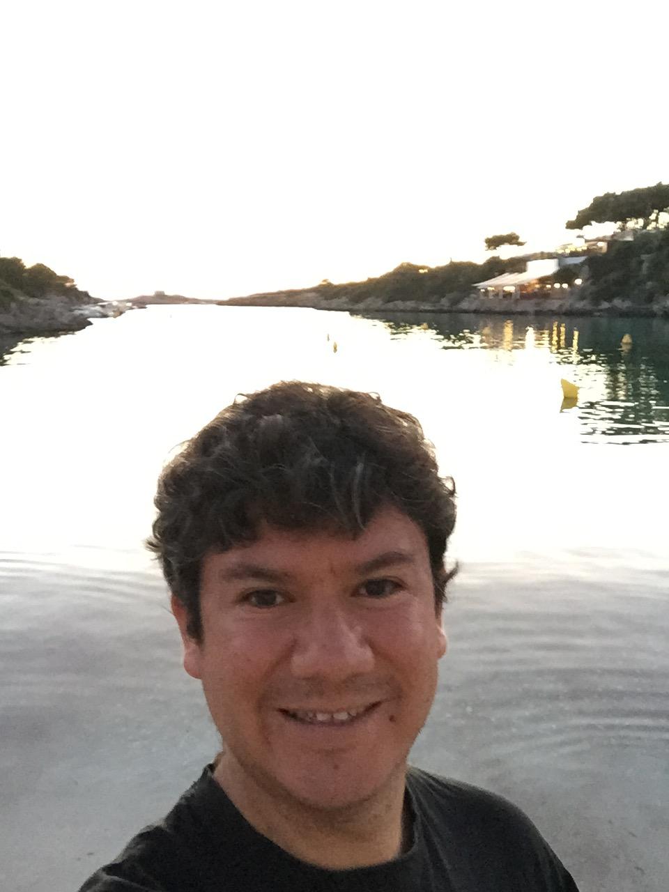 Perfil de Carlos Saltos