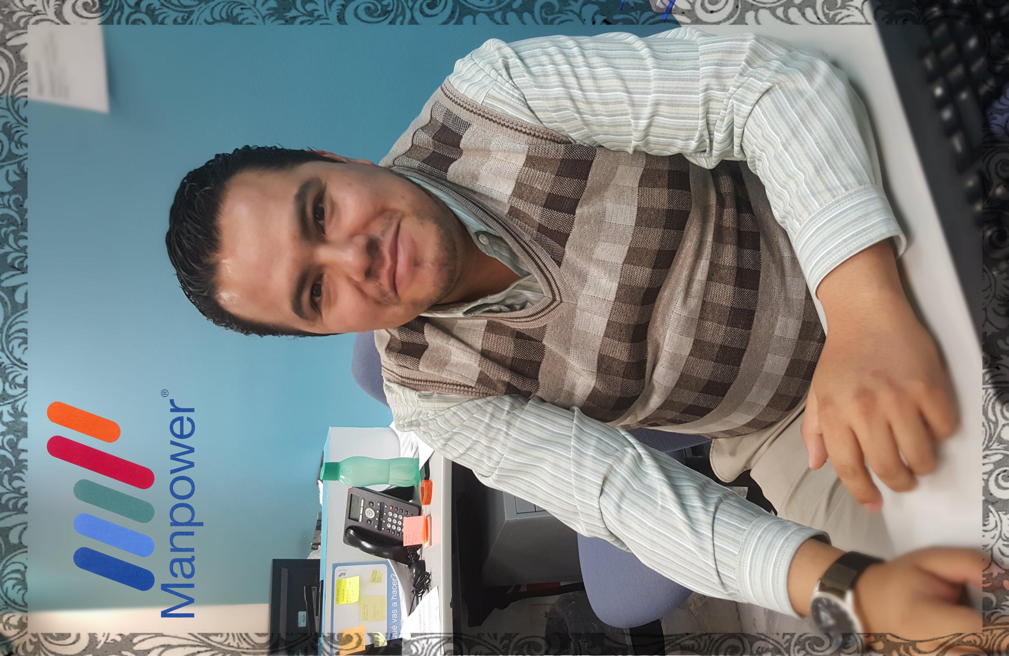 Perfil de Efraín Pérez Morales